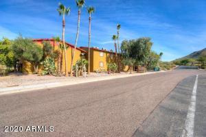2216 E EUGIE Terrace, 204, Phoenix, AZ 85022