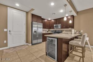 5450 E DEER VALLEY Drive, 1169, Phoenix, AZ 85054