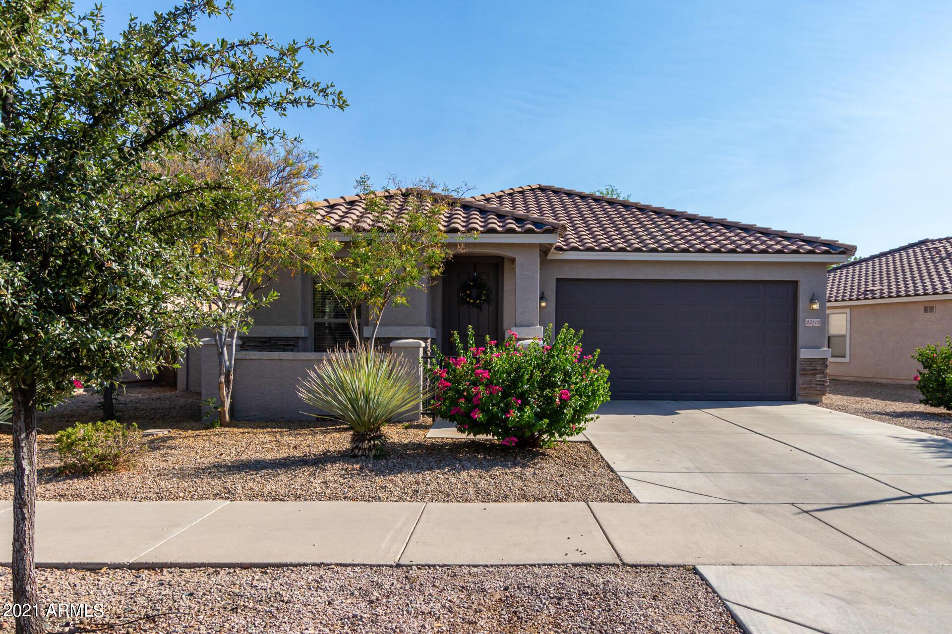 22115 VIA DEL PALO Drive, Queen Creek, Arizona 85142, 3 Bedrooms Bedrooms, ,2 BathroomsBathrooms,Residential,For Sale,VIA DEL PALO,6255114