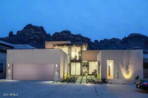 5935 N ECHO CANYON Lane, Phoenix, AZ 85018