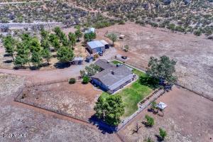 13440 S Price Ranch Road, Pearce, AZ 85625