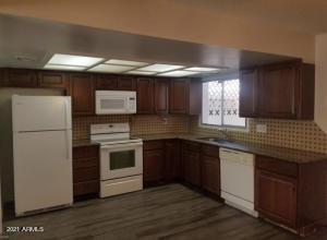 6604 N 43RD Avenue, Glendale, AZ 85301