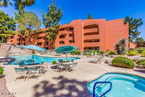 12212 N PARADISE VILLAGE Parkway S, 443, Phoenix, AZ 85032