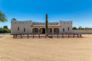 6706 W RAYMOND Street, Phoenix, AZ 85043