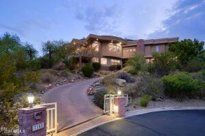 7702 N MOONLIGHT Lane, Paradise Valley, AZ 85253