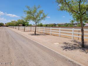 2866 E CEDAR WAXWING Drive, -, Gilbert, AZ 85298