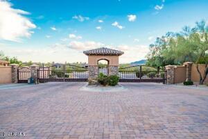 3206 W Cottonwood Lane, 66, Phoenix, AZ 85045