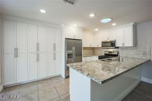 1320 E ORANGEWOOD Avenue, Phoenix, AZ 85020