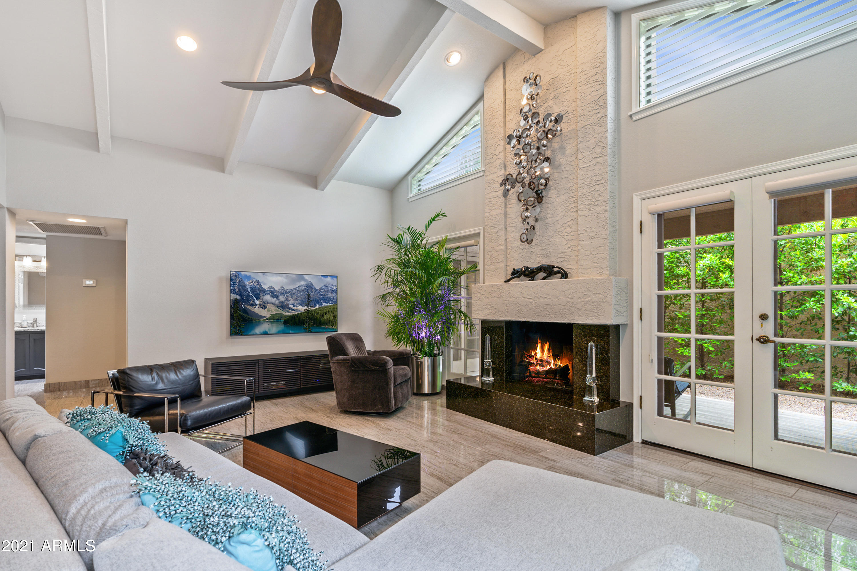 7284 BUENA TERRA Way, Scottsdale, Arizona 85250, 2 Bedrooms Bedrooms, ,2 BathroomsBathrooms,Residential,For Sale,BUENA TERRA,6256251