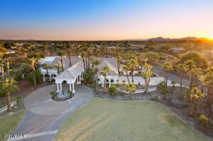 10225 E SWEETWATER Avenue, Scottsdale, AZ 85260