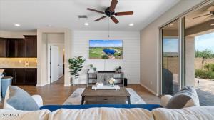 9429 W MEADOWBROOK Avenue, Phoenix, AZ 85037