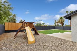 6917 E KINGS Avenue, Scottsdale, AZ 85254