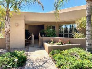 4813 E TURQUOISE Avenue, Paradise Valley, AZ 85253