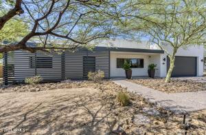4042 E SAINT JOSEPH Way, Phoenix, AZ 85018