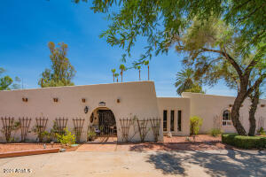 7025 E Sweetwater Avenue, Scottsdale, AZ 85254
