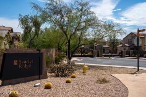 21264 N 36th Place, Phoenix, AZ 85050