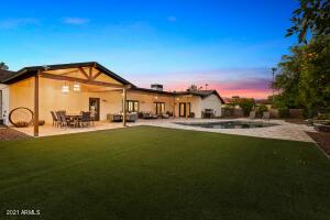 8633 E MONTECITO Avenue, Scottsdale, AZ 85251