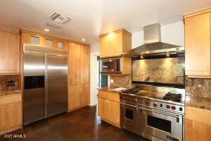 11227 N 74 Street, Scottsdale, AZ 85260