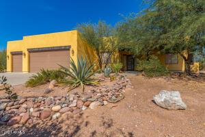 1651 S MOUNTAIN VIEW Road, Apache Junction, AZ 85119