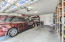 Does a big truck or SUV, or minivan fit in this extra long garage? Yes. yes it does!