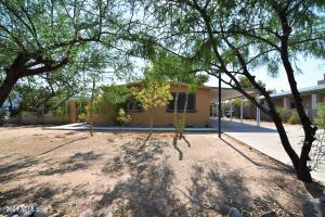 18233 N 2ND Street, Phoenix, AZ 85022