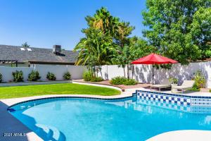 15823 N 58TH Place, Scottsdale, AZ 85254