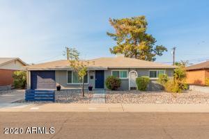 8150 E MITCHELL Drive, Scottsdale, AZ 85251