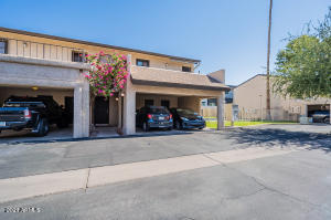 3136 N 38TH Street, 4, Phoenix, AZ 85018