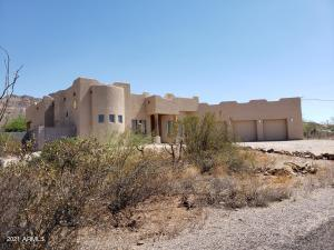 4825 N IRONWOOD Drive, Apache Junction, AZ 85120