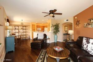16631 E EL LAGO Boulevard, 202, Fountain Hills, AZ 85268