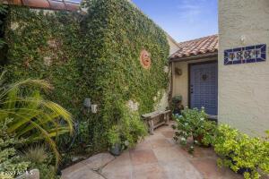 7331 E Valley Vista Drive, Scottsdale, AZ 85250
