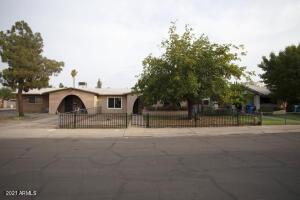 4137 W MEDLOCK Drive, Phoenix, AZ 85019