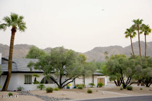 6741 E CUARENTA Court, Paradise Valley, AZ 85253