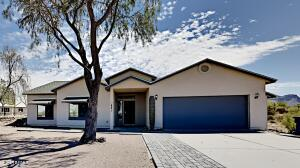 621 S SIXSHOOTER Road, Apache Junction, AZ 85119
