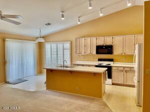 6405 E VIRGINIA Street, Mesa, AZ 85215