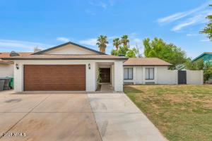 1017 W PORTOBELLO Avenue, Mesa, AZ 85210