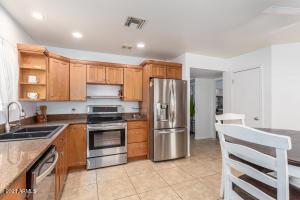 522 N GRANITE Street, Gilbert, AZ 85234