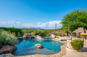 Gorgeous Elevated Views of Legend Trail #15 Green & Continental Mountain!