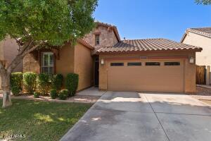 4334 E CULLUMBER Street, Gilbert, AZ 85234