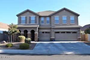 18436 W SUNNYSLOPE Lane, Waddell, AZ 85355