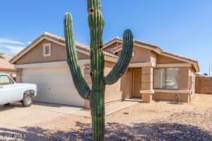 905 E GRAHAM Lane, Apache Junction, AZ 85119