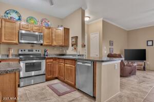 16013 S DESERT FOOTHILLS Parkway, 1033, Phoenix, AZ 85048