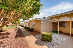 11079 W COGGINS Drive, Sun City, AZ 85351