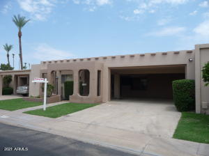 2097 sf. beautifully updated and maintained 2 bedroom split floorplan. Each bedroom is a private owner's ensuite retreat.