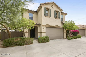 6839 E PERALTA Circle, Mesa, AZ 85212