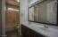Guest Bath (upstairs)