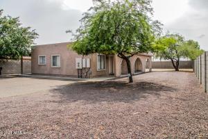 11424 N 82ND Drive, Peoria, AZ 85345