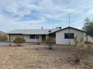 49416 N 26TH Avenue, New River, AZ 85087