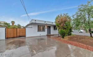2525 N 15TH Street, Phoenix, AZ 85006