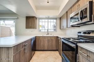1647 W HAZELWOOD Street, Phoenix, AZ 85015